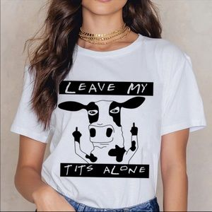 """Tops - FUNNY VEGAN """"Leave My Tits Alone"""" GRAPHIC TEE"""